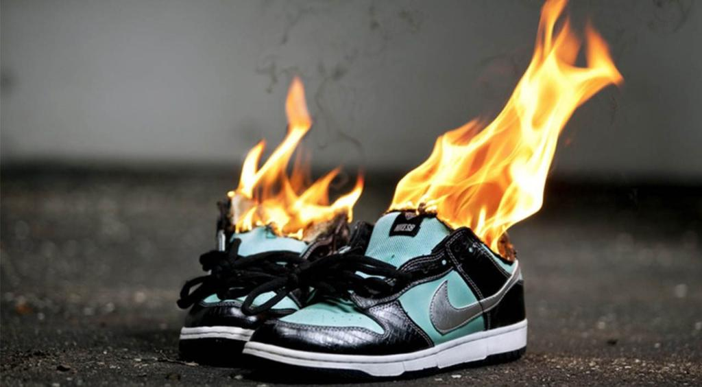 The Sneaker Report  5 Sneakers For Guys Who Like To Take Risks