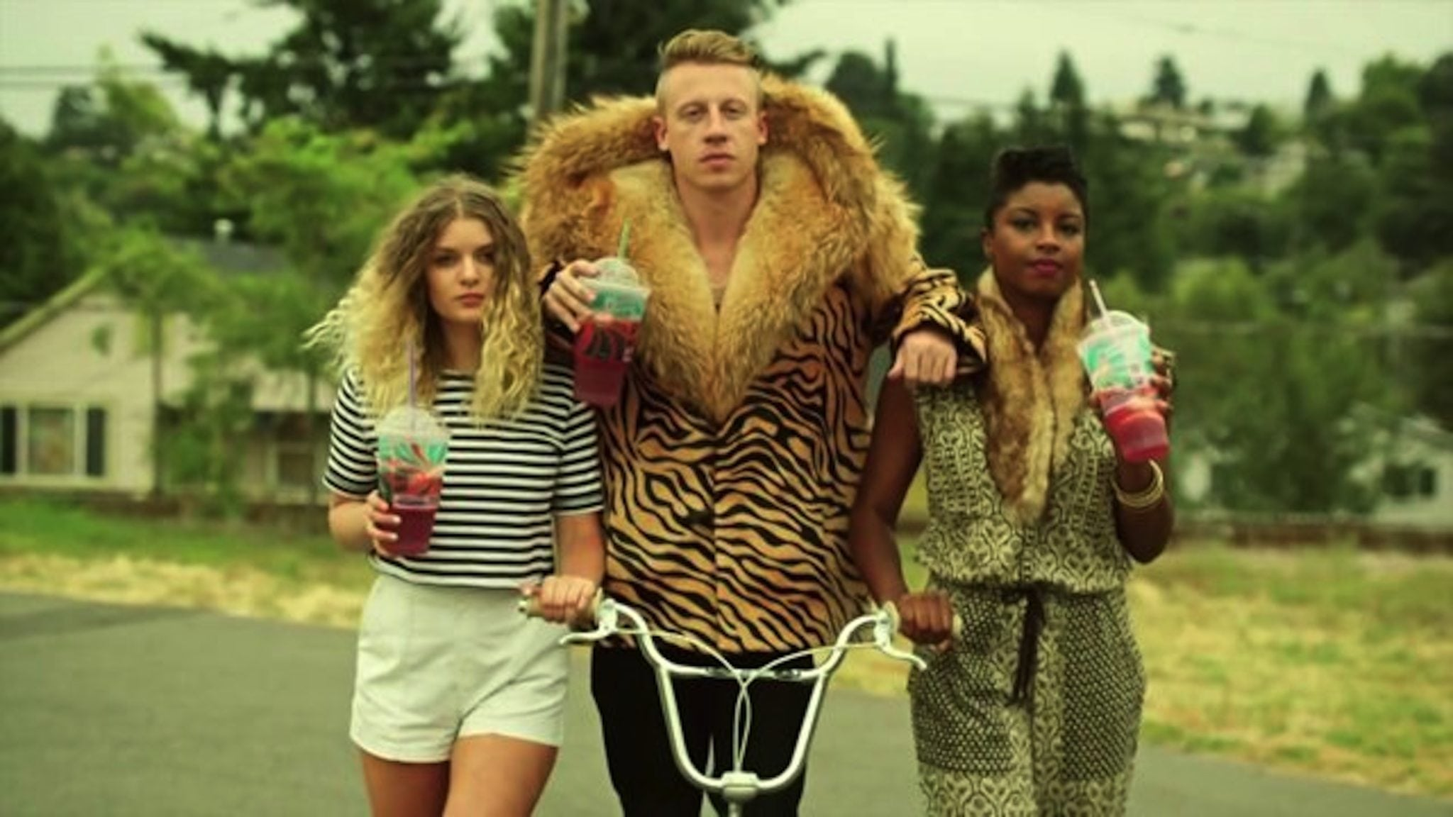 macklemore, poppin tags, bragging, urban man, dos and don'ts