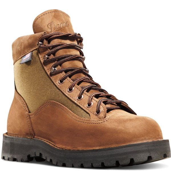 hiking boots, montreal fashion, montreal stores, montreal entertainment, montrealgotstyle