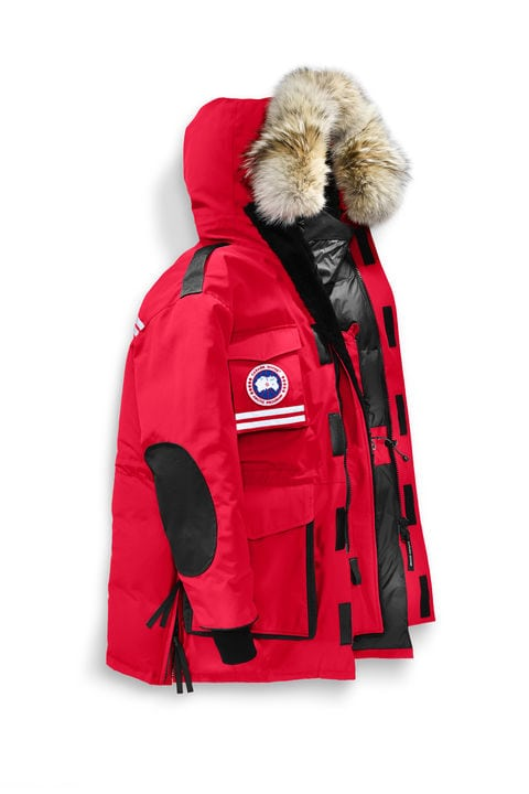 canada goose, coats like canada goose, fashion tips, montreal fashion , montreal winter, winter coats, coats for men, winter in montreal