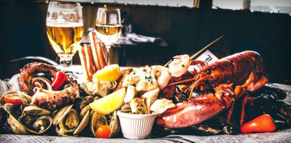 seafood restaurant, shack du pecheur, boucherville restaurant