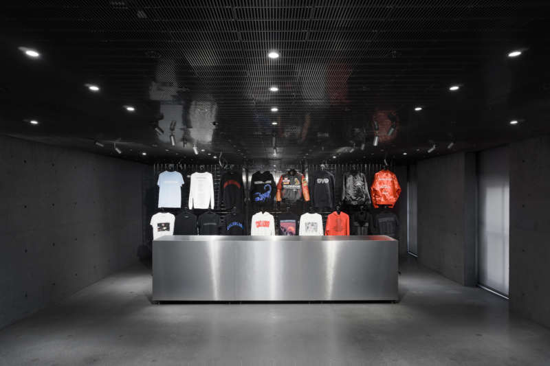ssense montreal, drake pop up shop, drake scorpion album