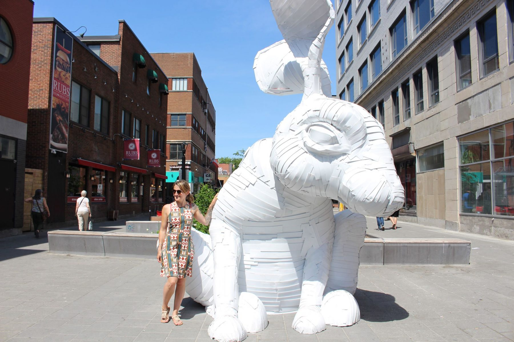 mural-festival-arts-huge-bunny-montreal
